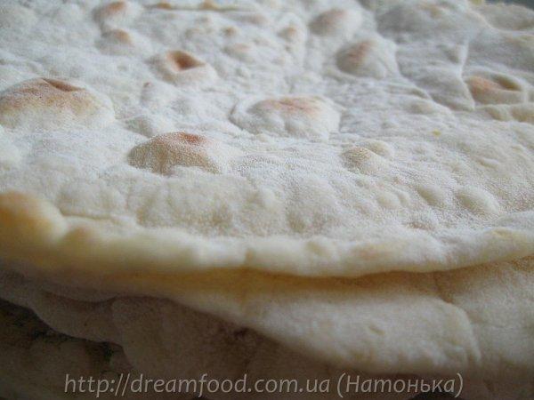 Тонкий армянський лаваш по-домашньому